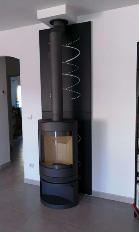 po le bois emotion m de skantherm salon de provence flammes du monde. Black Bedroom Furniture Sets. Home Design Ideas